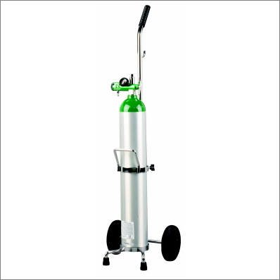 Oxygen Essentials Set-up Kit: 15 LPM regulator, E cart, E cylinder, wrench