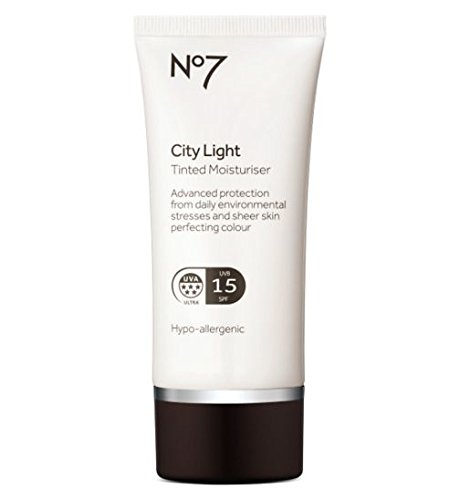 No7 City Light Tinted Moisturiser - Moisturiser Fair