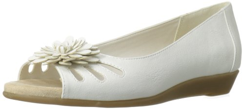 A2 Women's Big Hearted Ballet Flat,White,8.5 M US
