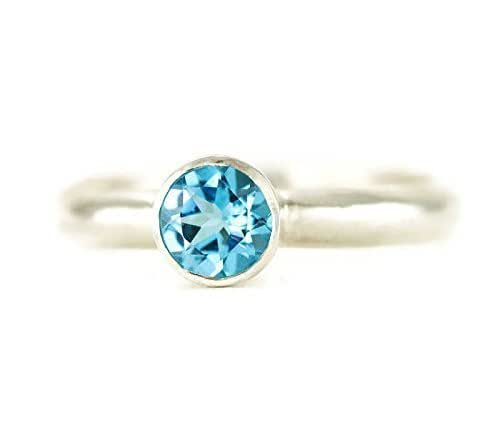 Amazon.com: Swiss Blue Topaz Solitaire Ring - Sterling Ring Size 8 ...