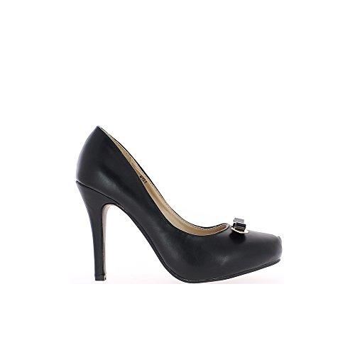 Zapatos Negros Con Punta En El Talón De 10.5 Cm Y Bandeja De 2 Cm