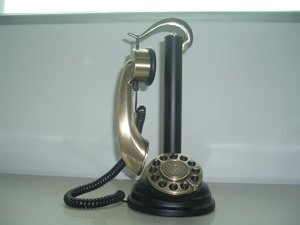 paramount-1919f1-french-gallow-candlestick-retro-phone