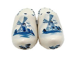 Collectible Salt and Pepper Shakers: Wooden - Shoe Dutch Blue