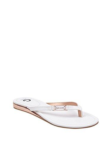 06083017fa998 G by GUESS Women s Jumper Thong Beach Sandals