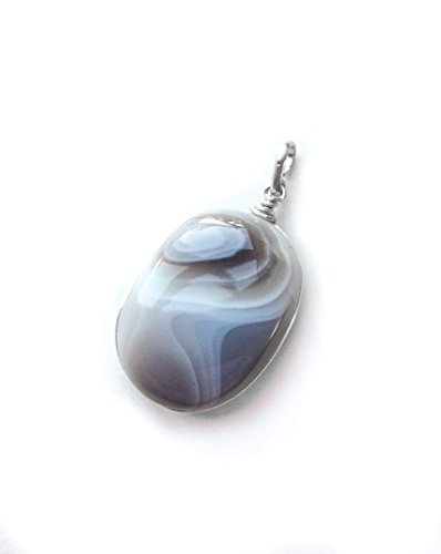 Botswana Agate pendant, natural Botswana Agate and sterling silver pendant, African gemstone, Tiny Botswana Agate pendant, Oval shape, - African Gemstone Agate