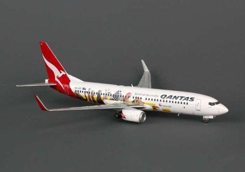 jc-wing-of-1-200-jc2qfa504-jcwings-qantas-737-800w-1-200-optus-reg-novh-vzd