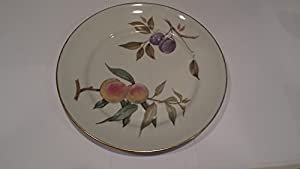 Royal Worcester Evesham Gold Fine Porcelain Dinner Plate, Oven To Table Ware;  Fine China Made In England.