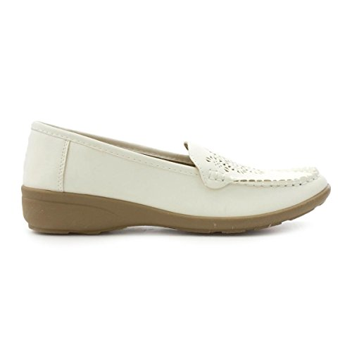 Softlites Womens White Chop Out Casual Loafer Shoe White sSsVT