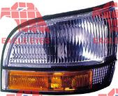 OE Replacement Buick Lesabre/Park Avenue/Ultra Front Passenger Side Marker Light Assembly (Partslink Number GM2551147)