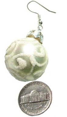 Christmas Earrings Swirl Ornament (silver)