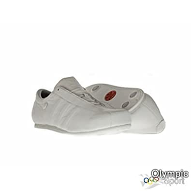067fe4798b86 adidas Football Clean Mens Trainers UK 7 033402  Amazon.co.uk  Shoes   Bags