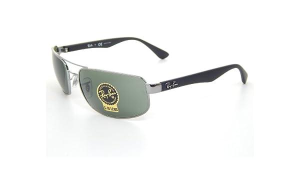 b7b06e2816 Amazon.com  New Ray Ban RB3445 004 Gunmetal Gradient Gray Lens 61mm  Sunglasses  Clothing