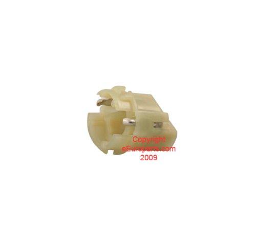 BMW e30 e32 e34 e38 Bulb Socket Tail Light Third brake lamp holder carrier plug