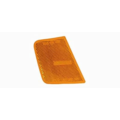OE Replacement Jeep Liberty Front Passenger Side Marker Light Assembly (Partslink Number CH2551123): Automotive
