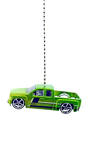 (Chevy Diecast Truck Ceiling Fan Light Pull & Ornament 1/64 Scale (2017 Chevy Silverado Green))
