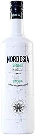 Nordesía Vermú Branco - Bebida Gallega, con Vino y Aguardiente, Sabor Descarado y Divertido de Notas Afrutadas, Frescas y Mentoladas, Botella Premium de 1L