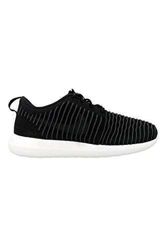 NIKE Roshe Two Flyknit Men's Running Shoes (9.5)