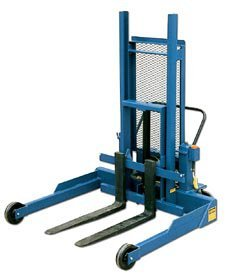 Vestil Mfg. Co., Pallet Master Pallet Server, Hpmps-50, Lift Height: 50'', Power Options: Specify Dc, Ac, Or Air/Oil, Cap. (Lbs.): 4000, Wt. (Lbs.): 1081, Pmps-50