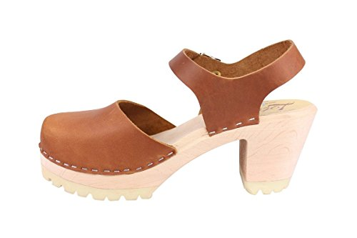 Highwood Brown Lotta Oiled Nubuck Clogs Tractor in From Stockholm SqnwnYx6Z