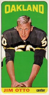 1965 Topps Regular (Football) Card# 145 Jim Otto of the Oakland Raiders Ex Condition