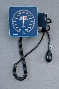 222 Part# 222 - Sphyg Aneroid Labtron Wallmax Std 6
