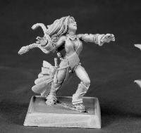Reaper Miniatures 60009 Pathfinder Series Seoni, Iconic Female Sorceress Miniature by Reaper