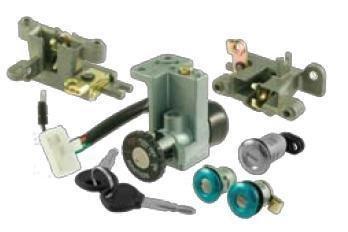 Frameworks Key and Locks // Switch kit kymco agility 50-125-150-200 Quadri Chiave e Serrature RMS Kit quadro chiave kymco agility 50-125-150-200