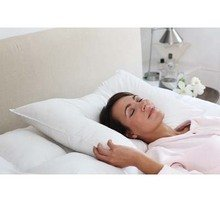 2 ORTHOPEDIC ANTI SNORE PILLOWS FROM DELUXE HOME