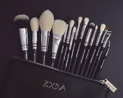 Brushes Makeup Cosmetics Tool Luxe Complete Bag Kit Set Professional Best Seller Organizer Bag Travel Small Large for Girl Real Techniques Eye Full Bag Complete Eye ZOEVA Set 15 Face Brushes. by ZOEVA