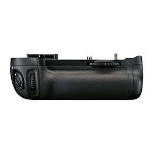Flashpoint Vertical Battery Grip Holder MB-D14 Replacement for DSLR Nikon D600 D610 DSLR Camera, Works with EN-EL15 LP-E6 Battery or 6 Pieces AA Batteries. (Professional Battery Grip Flashpoint)