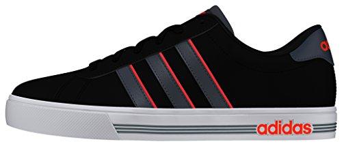 adidas Daily Team, Scarpe da Skateboard Uomo Nero (Negbas/Onix/Rojsol)