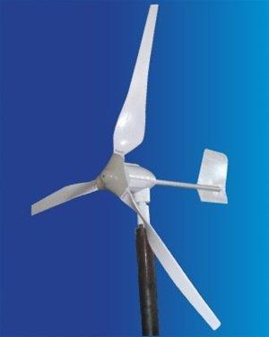 ALEKO WG700 12-Volt 3-Blade 700 Watt Wind Generator