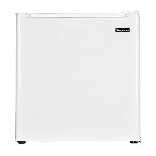 Magic Chef MCR170WE Mini Fridge, One Size, White