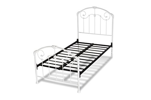 (Hillsdale Furniture 325BTWR Maddie Bed Set with Frame Twin White)