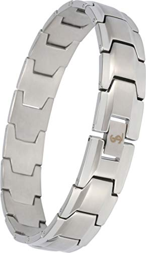 Stylish and modern wide link bracelet