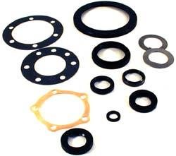 Land Rover STC3321 CV Joint and Swivel Ball Reseal Kit for Defender 90 and Discovery 1 ()