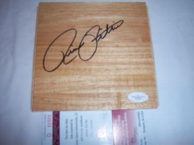 Rick Pitino Kentucky,hof Jsa/coa Signed Floorboard - Autographed College Floorboards