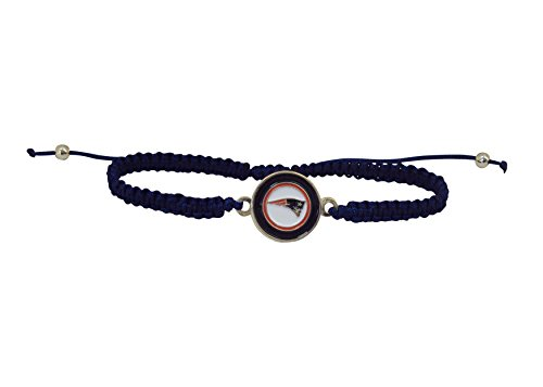 (NFL New England Patriots Braided Logo Bracelet)