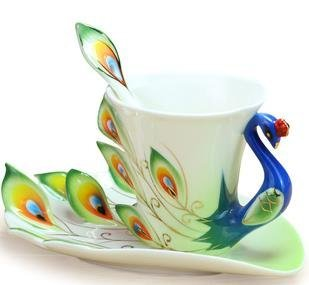 Collectable Fine Arts China Porcelain Tea Cup and Saucer Coffee Cup Peacock Theme Romantic Creative Present for Wedding/christmas Three Sets Green