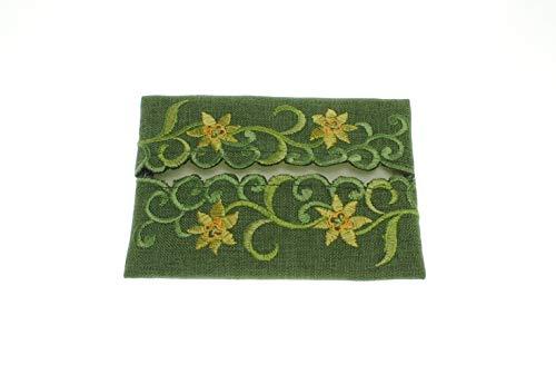 (Pocket Tissue Holder in a Daffodil Davina Design)