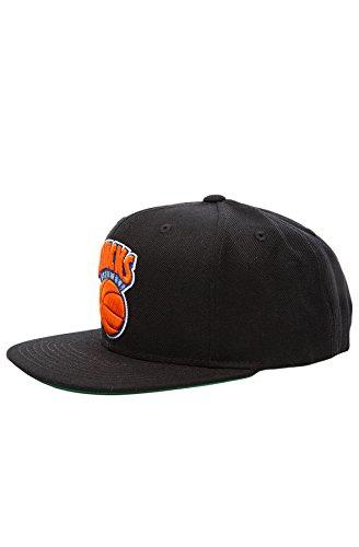 Mitchell & Ness Men's New York Knicks Snapback – DiZiSports Store