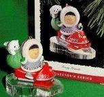Hallmark Keepsake Ornament 1995 16th in series Frosty Friends
