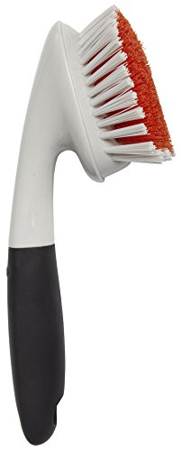 oxo-good-grips-corners-and-edges-brush-for-tubs-and-showers