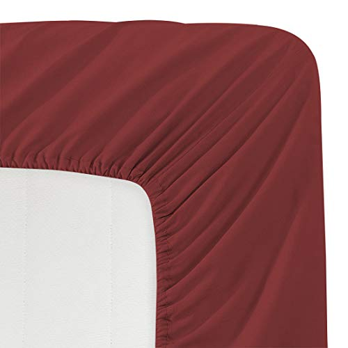 - Luxe Bedding 100% Brushed Microfiber Solid Color Deep Pocket Fitted Sheet - Hotel Quality - Wrinkle, Fade, Stain and Abrasion Resistant (Full, Burgundy)