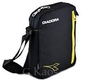 1e595f5b54 Diadora - Borsa Borsello in Tessuto - Adatto per eBook e Mini Pad - Tracolla  Regolabile - Art. LU056: Amazon.it: Informatica