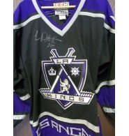 Signed Robitaille, Luc (Los Angeles Kings) Authentic CCM Los Angeles Kings Jersey size 48 autographed
