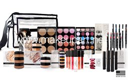 Image Unavailable. Image not available for. Color: Intermediate Makeup Artist Kit ...