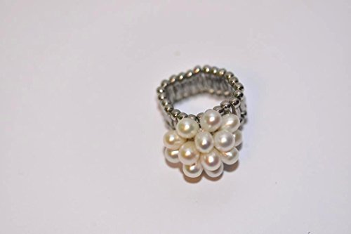 Fashionable Flower Stretch Ring with Fresh Water Pearl