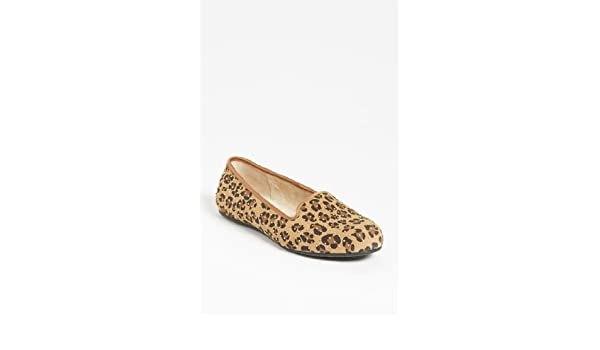 62ab0d8023d UGG Australia 'Alloway' Studded Flat: Amazon.ca: Shoes & Handbags