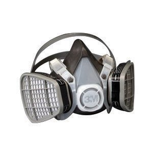 3M Large Black Thermoplastic Elastomer Half Mask 5000 Series Disposable Air Purifying Respirator With 4 Point Harness